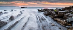 The Dragon (Pruden Barquin) Tags: naturaleza landscape mar playa paisaje fotografia rocas paisvasco pruden cantabrico barrika largaexposicion barquin
