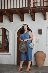 Palm Springs Ease (GirlWithCurves) Tags: palmsprings curlyhair oldnavy plussize plussizefashion taneshaawasthi