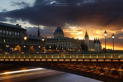 Pont d'Arcole, Tribunal de Commerce & Conciergerie, Paris (www.fromentinjulien.fr) Tags: world street city light sunset urban paris france art history monument seine architecture digital photoshop canon french effects photography eos town photo europe exposure flickr raw cityscape photographer view shot capital full frame manual capitale fullframe dslr ff dri hdr ville parisian francais citt blending lightroom 6d photographe effets conciergerie 2016 2470mm parisien 2470 photomatix tribunaldecommerce canonef2470mmf28l fromentin canon2470mmf28 fromus colocacin cuida traitements pontarcole fromus75 fromentinjulien