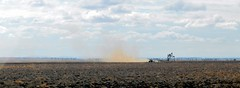 DSCN2232 (LoxPix2) Tags: road storm mountains bird river duck scenery farm hill australia brisbane mirage powerstation roadtrain lockyervalley loxpix