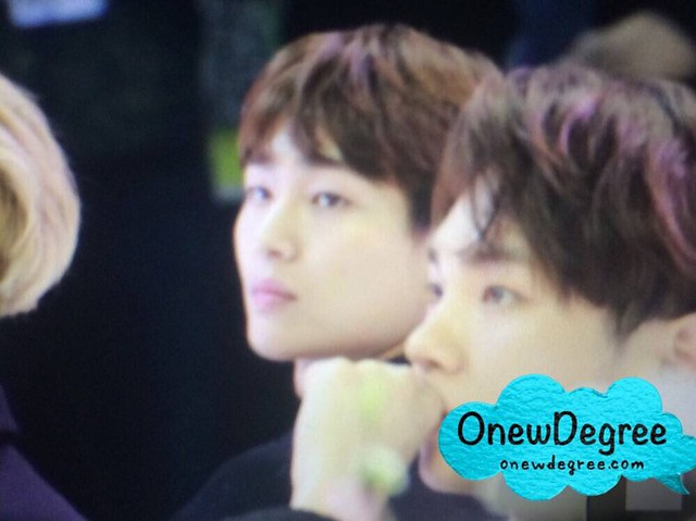 160328 Onew @ '23rd East Billboard Music Awards' 26038564361_3a106913dc_z