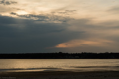Koppla av... (hajlana) Tags: strand april halmstad hav 2016 innamoramento sderkajen guldnatur