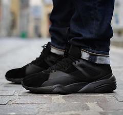 Une Trinomic de plus avec cette... (konsortium.avignon) Tags: new sock shoes sneakers concept puma hybrid bog core uploaded:by=flickstagram instagram:photo=1211685477772601928329377217