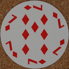Round Playing Card 7 of Diamonds (Leo Reynolds) Tags: playing deck card squaredcircle playingcard carddeck xleol30x