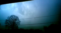 vlcsnap-2016-04-15-20h20m26s158 (figlio di un nocellese) Tags: trees sky clouds video powerlines thunderstorm lightning capture rayo vlc lampo folgore fulmine foudre fulger nokia808pureview