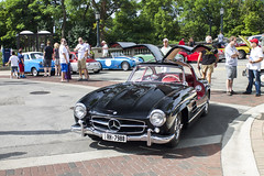 Gullwings Up (Hertj94 Photography) Tags: coffee canon mercedes benz illinois downtown july sl classics 300 t3 coupe winnetka 2015
