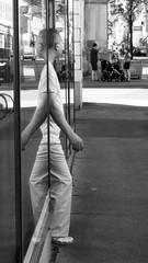 Copy/Paste (C_MC_FL) Tags: vienna wien street blackandwhite bw man reflection window glass person photography austria mirror blackwhite sterreich funny fotografie fenster spiegel streetphotography samsung double smartphone galaxy lustig sw mann reflexion spiegelung glas reflektion s5 doppelt schwarzweis strase