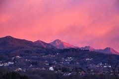 How to start a beautiful day (! . Angela Lobefaro . !) Tags: alp alps alpen biella biellese valdengo piemonte piedmont italy italia italien piatto bioglio sunrise dawn alba beautiful sonnenaufgang church pink red fav10 fav20 fav30