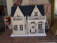 102_6729 (sheila32711) Tags: dollshouse 10years quantdollshouse