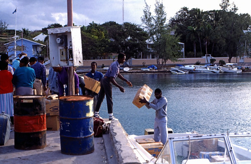"Bahamas 1989 (389) Eleuthera: Dunmore Town, Harbour Island • <a style=""font-size:0.8em;"" href=""http://www.flickr.com/photos/69570948@N04/24433789621/"" target=""_blank"">View on Flickr</a>"