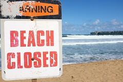 Beach closed (pburka) Tags: ocean beach sign danger warning hawaii bay sand closed communication kauai hanalei