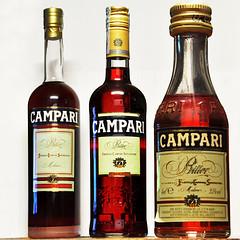 non tutti i bitter sono uguali. (LucaBertolotti) Tags: red bottles pov perspective pointofview bitter aperitivo campari bottiglie prospettiva aperitif bittercampari