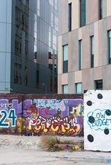Poblenou (Laia.L) Tags: barcelona new plant streets planta colors modern contrast graffiti calle bcn edificio cement colores contraste cemento left carrer moderno nuevo nou ciment edifici poblenou abandonado uilding windowglass abandonat vidrioventana vidrefinestra