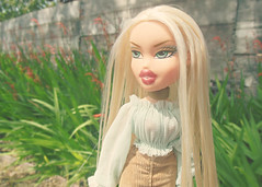 I wanna ruin our friendship; We should be lovers instead  (Bratzjaderox) Tags: portrait nature girl vintage doll dolls play soccer spiderman barbie queen trendy blonde dolly mga diva mattel bratz cloe sickening selfie aesthetic sportz hunty mgae yasss