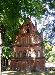 Am Kloster Lehnin, Brandenburg ... (bayernernst) Tags: park deutschland kirche september brandenburg klosterkirche 2013 lehnin klosterlehnin 07092013 snc16999