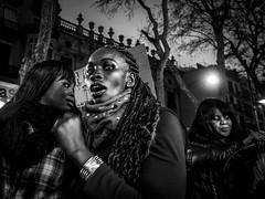 Ebony ( Jorge Lizana ) Tags: barcelona candid olympus lasramblas manifestacion robado mzd 1240mm omdem5