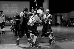 bomb_vs_oak_L1066266 1 (nocklebeast) Tags: ca usa santacruz rollerderby rollergirls skates santacruzcivicauditorium oaklandoutlaws santacruzboardwalkbombshells 13215108071 protectedbypixsy registrationnumberva2005828 va2005828 va0002005828 effectivedateofregistrationmarch162016