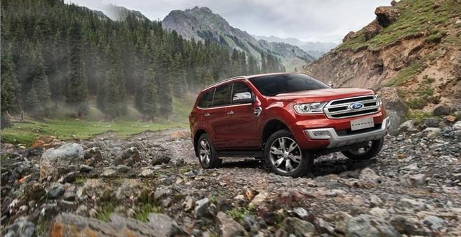 ស្ថានភាពផ្លូវលំបាក មិនមែនជាបញ្ហាចោទសំរាប់រថយន្ត Ford Everest នោះទេ!