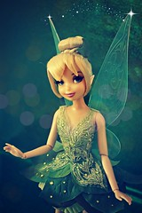 tink magic (girl enchanted) Tags: film movie ds peterpan disney pixie fairy le animation collectible disneystore peterpandoll thinkdoll