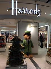 Harrods in HIA Qatar (iCandy Qatar) Tags: airport harrods international qa hamad doha qatar hia