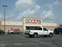Goody's Newport, TN (COOLCAT433) Tags: 120 town tn center newport goodys