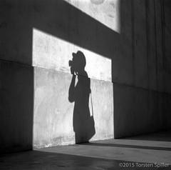 The Photographer (Robber34) Tags: leica blackandwhite bw film analog analogue schwarzweiss doha qatar foma fomapan katar