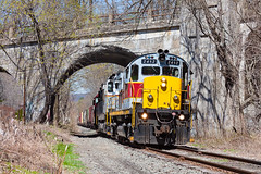 Delaware Lackawanna C425 2452 (rmssch89) Tags: old bridge 3 mountains abandoned diesel pennsylvania antique smoke iii class lackawanna cutoff alco pocono shortline