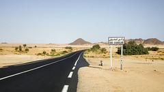 Oued Essendilne   (habib kaki 2) Tags: sahara algeria desert algerie   oued djanet rn3 illizi ilizi essendilene   issendilene