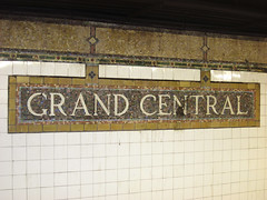 Grand Central (lukedrich_photography) Tags: new york city nyc newyorkcity railroad usa ny newyork building station architecture hub america train canon subway us unitedstates metro manhattan unitedstatesofamerica landmark terminal powershot midtown transportation transit grandcentralstation northamerica commuter metropolis gotham grandcentral bigapple metropolitan gct grandcentralterminal estadosunidos nuevayork terminus d10 newamsterdam  megacity tatsunis  thecitythatneversleeps vereinigtestaaten thecapitaloftheworld empirecity transithub        canonpowershotd10 lavilledenewyork