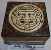 cofre pirograbado glifo azteca (ivanutrera) Tags: wood wooden madera aztec cofre azteca glifo pirograbado