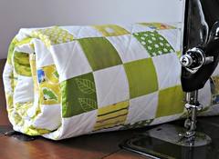 Green Quilt (Cotton Cellar) Tags: baby modern quilt patchwork checkerboard