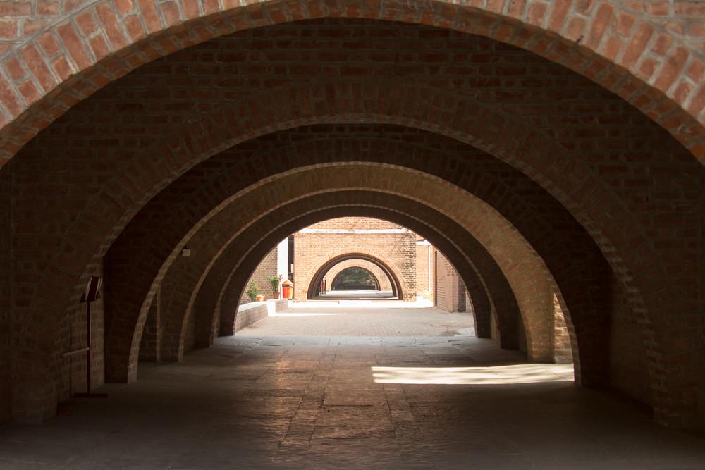 Risultati immagini per Louis Kahn Gujarat
