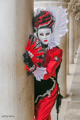 Carnaval Venise 2016-1976 (yvesw_photographies) Tags: italien carnival venice costumes italy costume europa europe italia eu parade chapeaux carnaval venise carnevale venezia venedig carneval italie venitian costum costumi costumé vénitien vénitienne costumés carnavaldevenise2016
