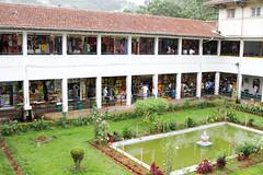 Kandy market, Sri Lanks (Rens Bressers) Tags: city garden asia market sri lanka busy srilanka ceylon kandy druk azie