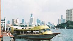 Chao Phraya Express (*Julius*) Tags: old city film 35mm town asia bangkok capital 135 southeast c41 colornegative krungthep yaowarad extrafilm200