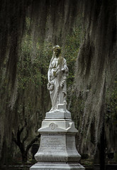 (Rodney Harvey) Tags: woman cemetery grave statue dark moss south mysterious savannah breeze bonaventure georgis spainish