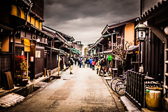 Takayama san machi (Thomo13) Tags: snow alps cold japan canon eos san mark ii 5d minami takayama nagano edo hida machi