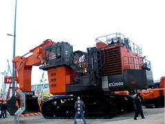 Hitachi EX 2600 (Falippo) Tags: heavyequipment hitachi excavator bagger escavatore bauma ruspa baumaschine hcme movimentoterra