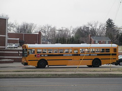 2002 IC RE - Owensboro Independent 502 (Seasonal Spectacular) Tags: schoolbus owensboro icre owensboroindependent