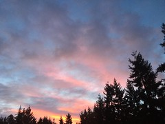 Sunrise in Renton (Lee Jenks) Tags: morning sunrise dawn march early washington spring cloudy renton partly