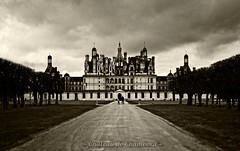 Chateau de Chambord III (KLammipic) Tags: light sky france color colour castle architecture de frankreich palace val architektur chambord chateau loire burg farben schlos fanatastic