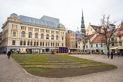 IMG_2083 (vadim_fomichev) Tags: streets buildings oldbuildings oldtown riga peopleonthestreets