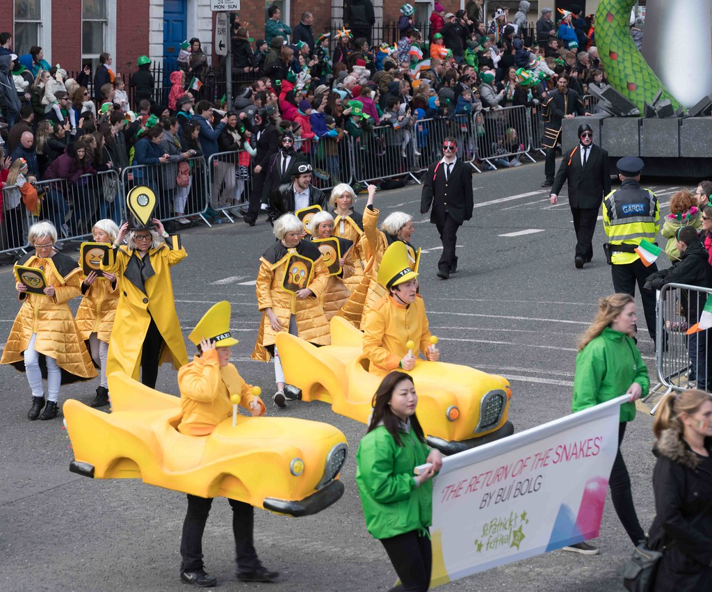 RETURN OF THE SNAKES BY BUI BOLG [SAINT PATRICK'S DAY PARADE]-112691