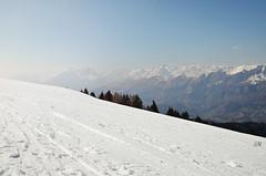 Monte Pora (Saramanzinali) Tags: winter italy mountain snow ski mountains montagne italia skiing neve monte inverno bergamo skier italie sci piste slopes sciare pora presolana