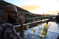 Sundowners at Zenith Skybar (Vaughanoblapski!) Tags: sunset wine capetown greenpoint sundowners zenith andries skybar