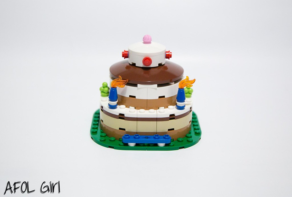 The Worlds newest photos of decoration and lego  Flickr Hive Mind -> Tuto Table Lego
