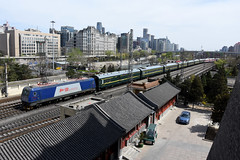 China Railway HXD3C 0753, Beijing Railway Station (Howard_Pulling) Tags: china camera photo airport nikon asia photos beijing picture railway zug trains april railways cr 2016 pek beijingrailwaystation chinarailways beijingcapital howardpulling d7200