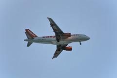 easyJet Switzerland A319-112 HB-JZQ (mcaero/LTBY) Tags: airplane switzerland airport geneva swiss aircraft aviation transport flight aeroplane landing airbus approach genve ch easyjet genf a319 aroport