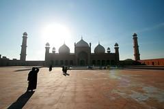 Badshai Mosque Pakistan (robertdownie) Tags: old travel pakistan light sunset building beautiful architecture islam mosque empire punjab lahore badshahi mughals