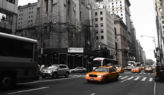 New York - Yellow Cabs (slim studios) Tags: usa newyork cars cityscape sigma1850f28 nikond3100